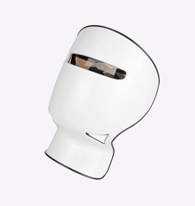 If you want the skin to absorb well, the silicone facial cleanser is indispensable